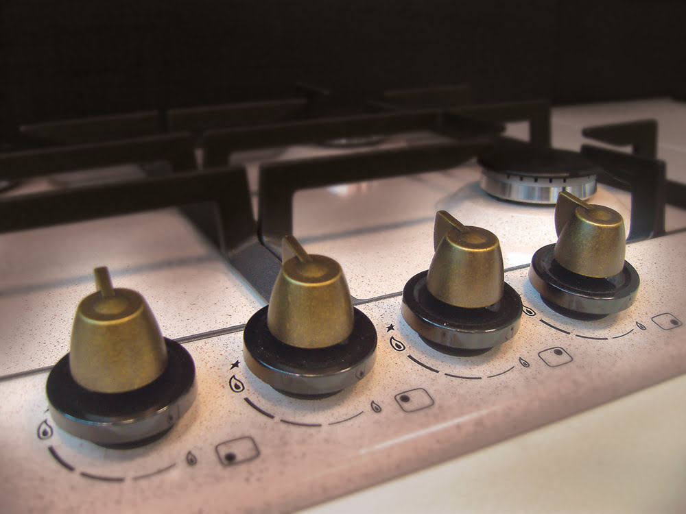 KIT COPRISPARTIFIAMMA + GRIGLIE IN GHISA per piano cottura STAR60-0