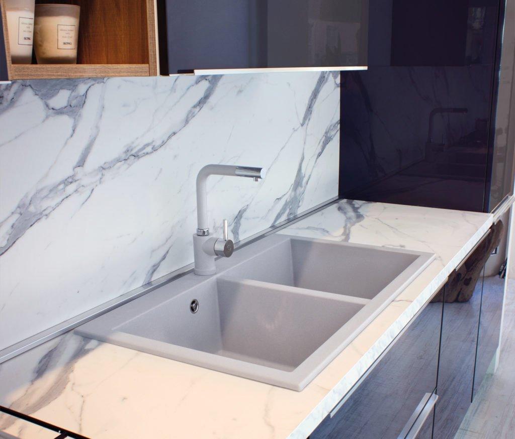 Pulire il lavello della cucina 1